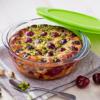 Kép 3/3 - Pyrex Cook & Store hőálló, kerek sütőtál műanyag fedővel 1,1 liter 20 cm - 020060