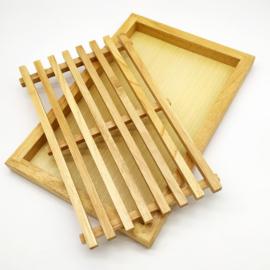 Fa kenyérvágó deszka morzsatálcával - 208003