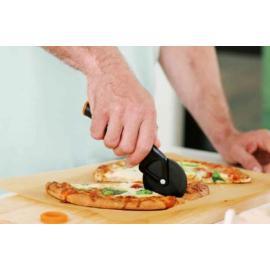 Fiskars Functional Form pizzavágó - 1019533