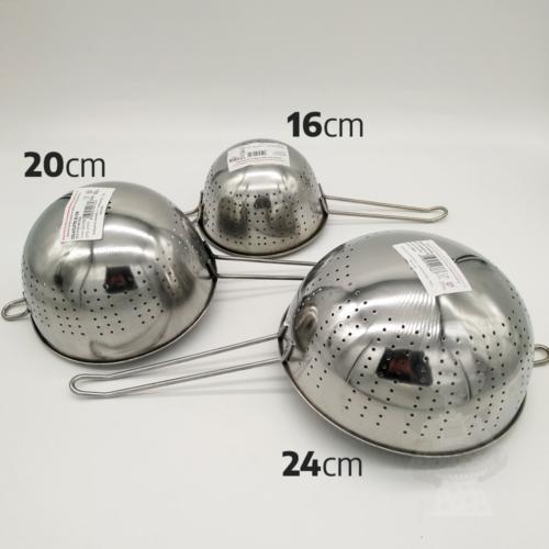 nyeles tésztaszűrő rozsdamentes acél 20 cm - Salvinelli 430096