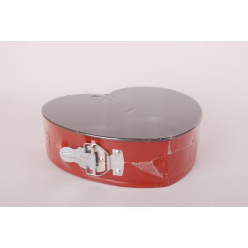 szívalakú csatos tortaforma Tapadásmentes - CG39,